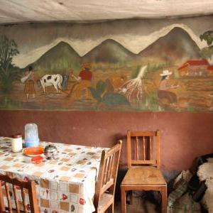 Beautiful painting for decorating the inside of a house in Calca